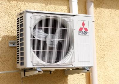 Bloc extérieur d'une climatisation réversible en technologie Inverter