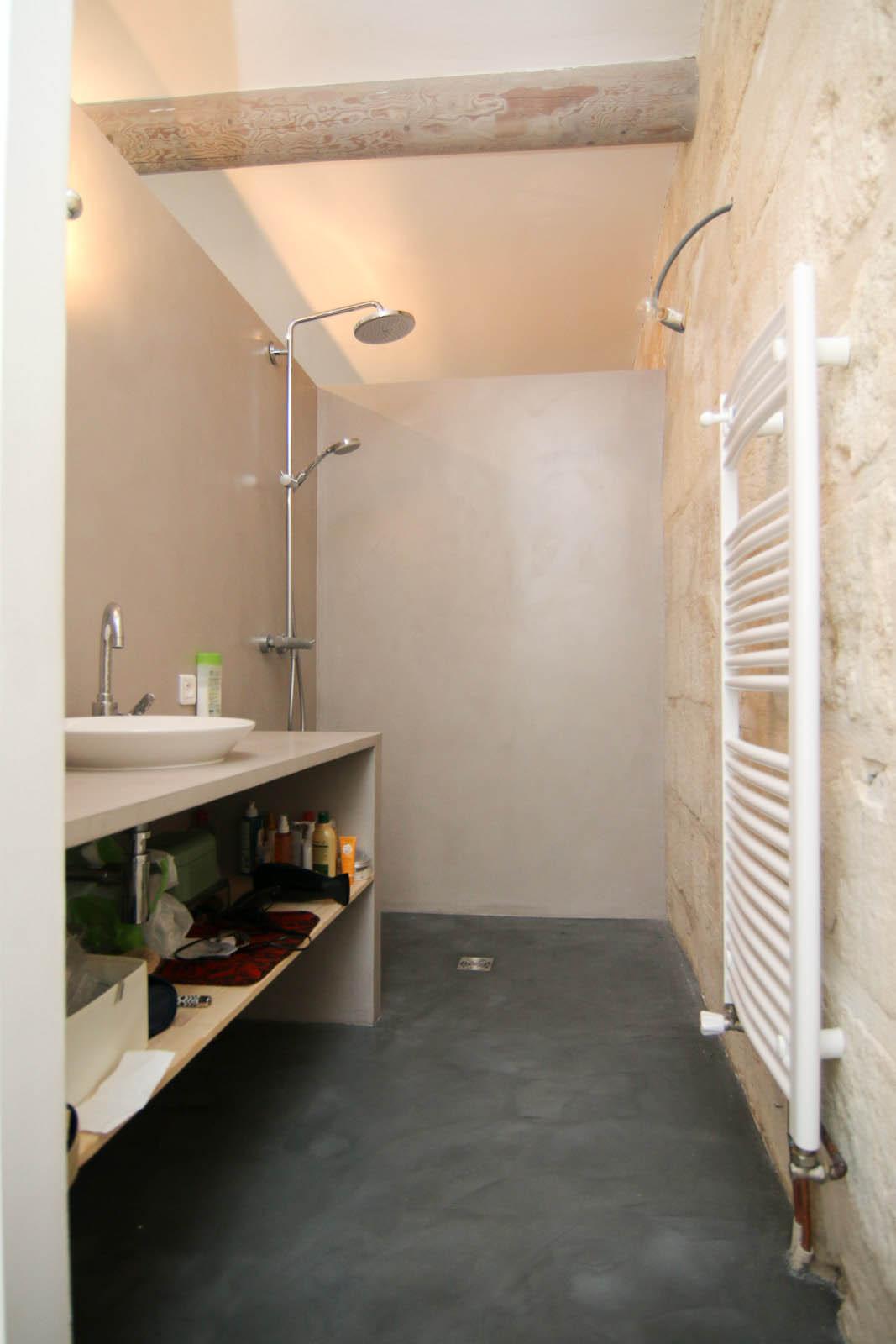 salle de bain contemporaine avec douche entreprise thierry triaire. Black Bedroom Furniture Sets. Home Design Ideas