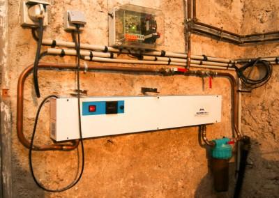 Installation d'un traitement de l'eau de forage avec lampe uv