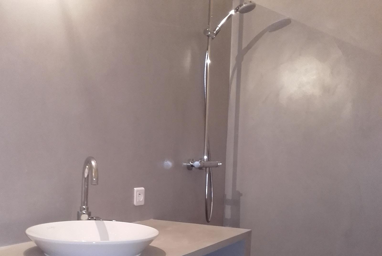 R novation de votre salle de bain entreprise thierry triaire for Presentation salle de bain