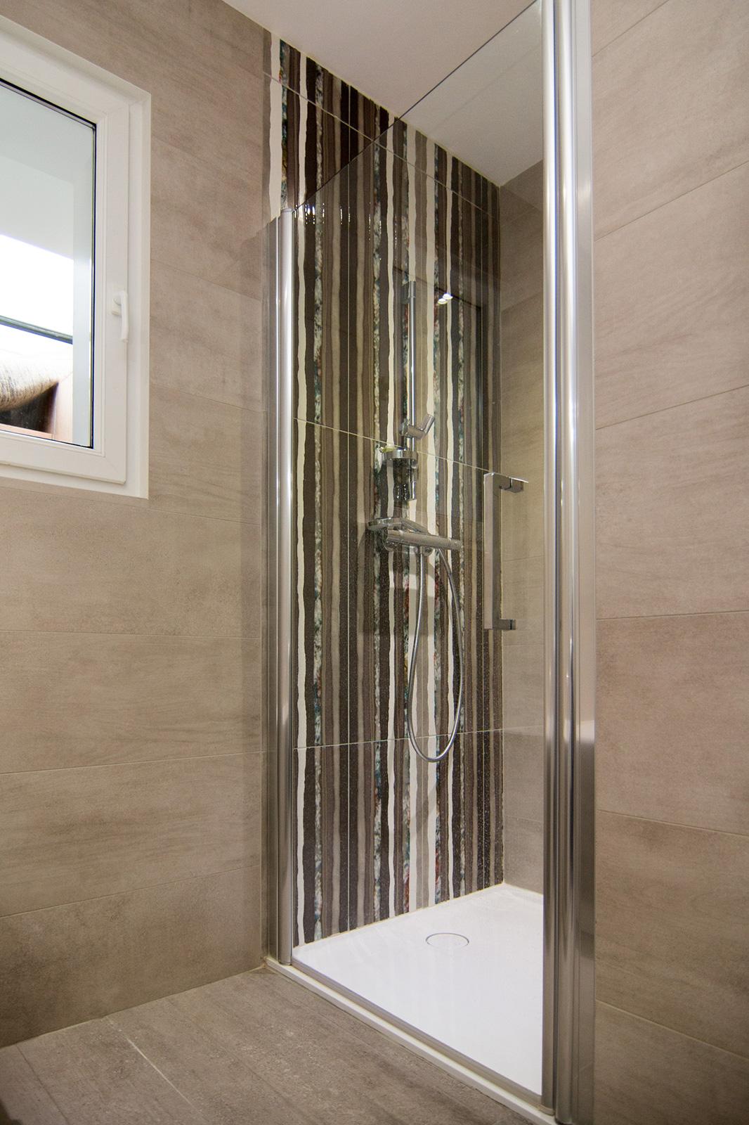 Installation de salles de bains neuves